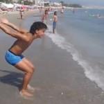 Mistrz salt na plaży