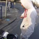 Gość próbował ukraść kluczyki od motoru!