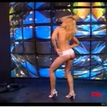 Profesjonalna striptizerka - kończy zupełnie NAGO! (18+)