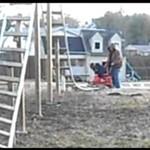 Tatuś roku: zbudował córce rollercoastera!