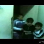 """Dzieci bawią się w """"wieszanie Saddama"""""""