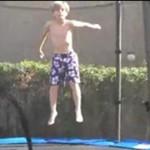 Lot z trampoliny
