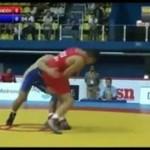 NIESAMOWITE powalenie wrestlera