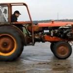 Drift i palenie gumy traktorem