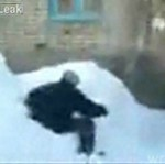 Młody Rusek skoczył z 4 piętra!