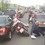Pieszy wbiegł pod motocykl