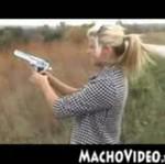 Baba z bronią - HORROR!