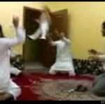 Arabska zabawa z niemowlakiem