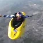 Połączenie kajakarstwa i skoków na spadochronie - WOW!