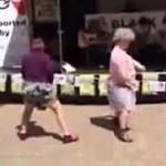 Tańczące babcie - brawa dla nich!