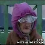 Stara, szalona kobieta