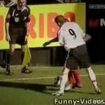 Najciekawsze piłkarskie tricki - POPATRZ!