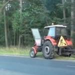 Traktor KOSI znaki drogowe!