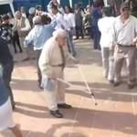Dziadek WYMIATA na imprezie - co za taniec!
