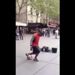 Taniec z piłką - bosko to połączył!