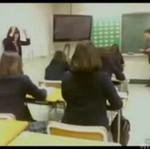 Japonki przedrzeźniają nauczyciela - ŚWIETNE!