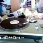 Kot, który został DJ-em