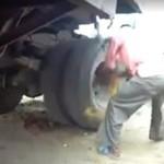 Niesamowity start ciężarówki