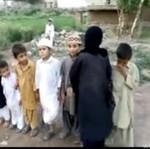 Dzieci w islamie - bawią się... W ZAMACHOWCÓW!
