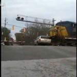 Pociąg uderzył z minivana