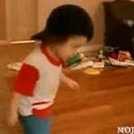 Małoletni breakdancer