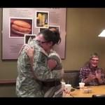 Mąż wrócił z wojny - zrobił niespodziankę!