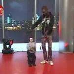 """""""Treser"""" marionetek - talent z Afryki!"""