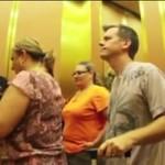 Pierdzenie w windzie - dowcip