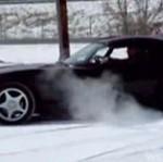 Viper ZAKOPAŁ SIĘ w kilku centymetrach śniegu!