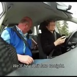 Pisanie SMS-ów w trakcie jazdy