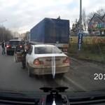 Pijany kierowca na drodze - ROSJA
