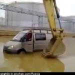 Koparka jako pomoc drogowa