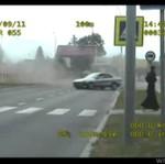 Szalony kierowca - co on wyprawia!?