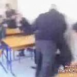 Starszy nauczyciel rzucił się na ucznia!