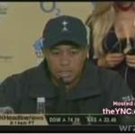 Żona Tigera Woodsa podczas konferencji prasowej