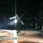 Breakdancer nieomal skręcił sobie kark!