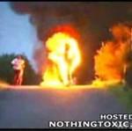 Płonący deskorolkowiec