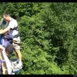 Kawał podczas skoku na bungee