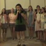 Dziewczęta z katolickiej szkoły wykonują hit Dr. Dre!