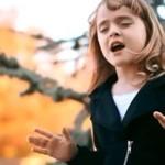 Olivia Kay w piosence Adele - OGIEŃ!