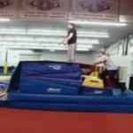 Wpadki na trampolinach - pomyśl, zanim skoczysz!