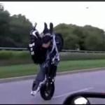 Popisy motocyklisty