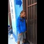 Bezdomny z nieziemskim głosem