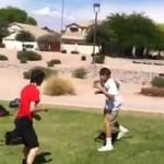Dzieciaki BIJĄ SIĘ na boisku!