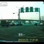 Kierowca SKOSIŁ policjanta!