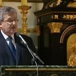 """Bronisław Komorowski śpiewa """"Tak blisko"""""""