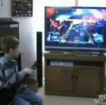 """Dziewięcioletni mistrz """"Guitar Hero""""!"""