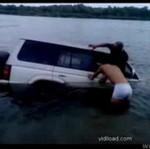 Tatuś stracił swojego jeepa
