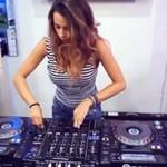 Kobieta DJ-ka okiem didżeja i amatora