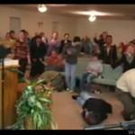 Ludzie w kościele - OSZALELI!?